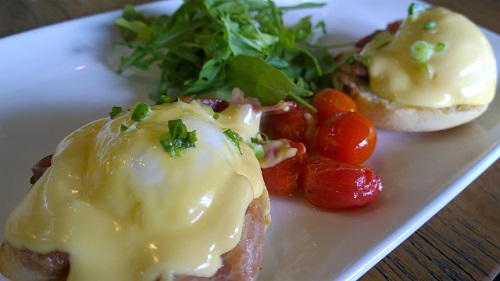 Cafe Melba Eggs Benedict