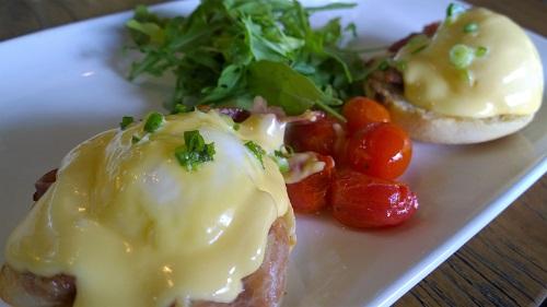 Cafe Melba Eggs Benedict