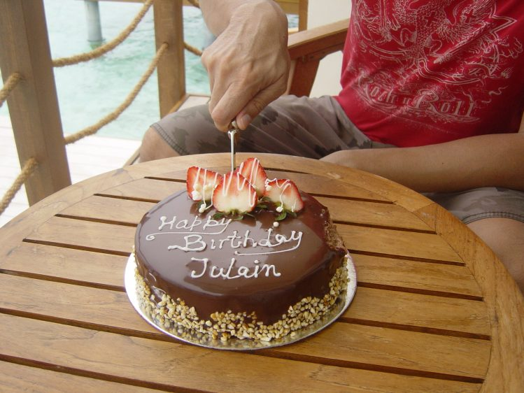 Kandooma Maldives birthday cake