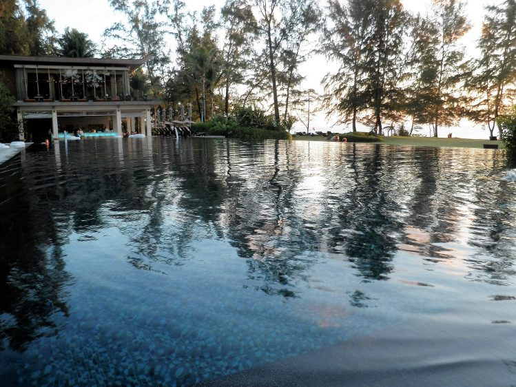 Renaissance Phuket Pool