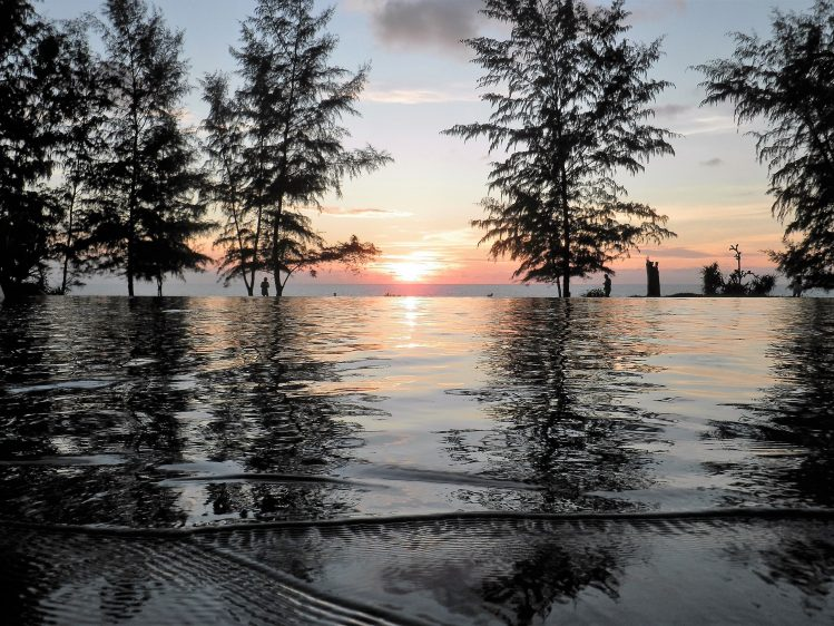 Phuket Renaissance Infinity Pool