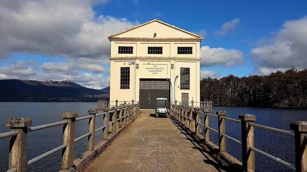 Tasmania Pumphouse Point front with buggy pic