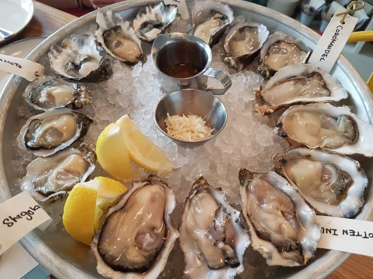 Humpback full oysters