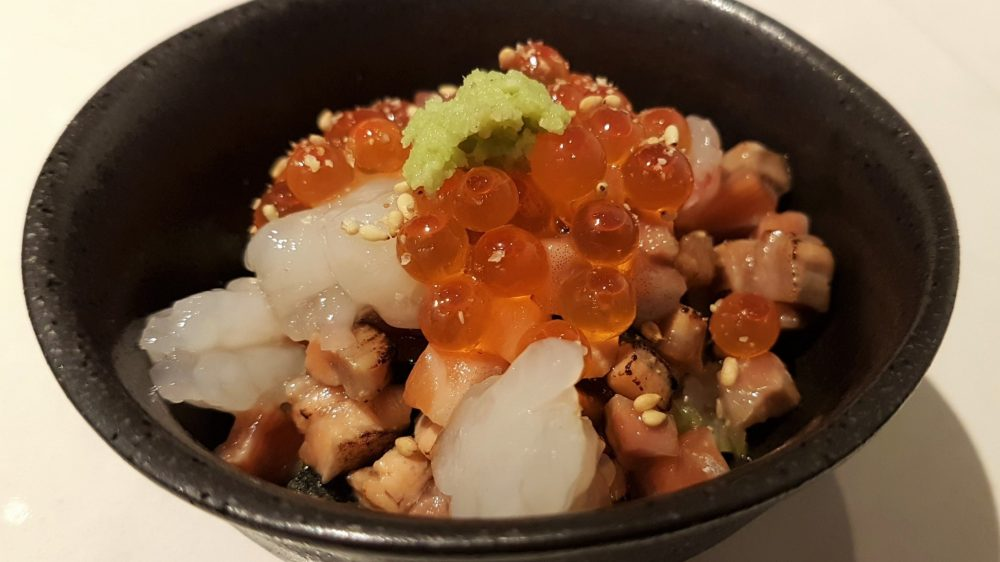 Ryo sushi chirashi bowl featured