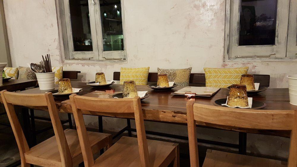 Morsels long table