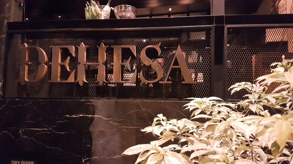 Dehesa Sign