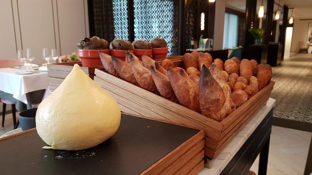 Tablescape Bread 3