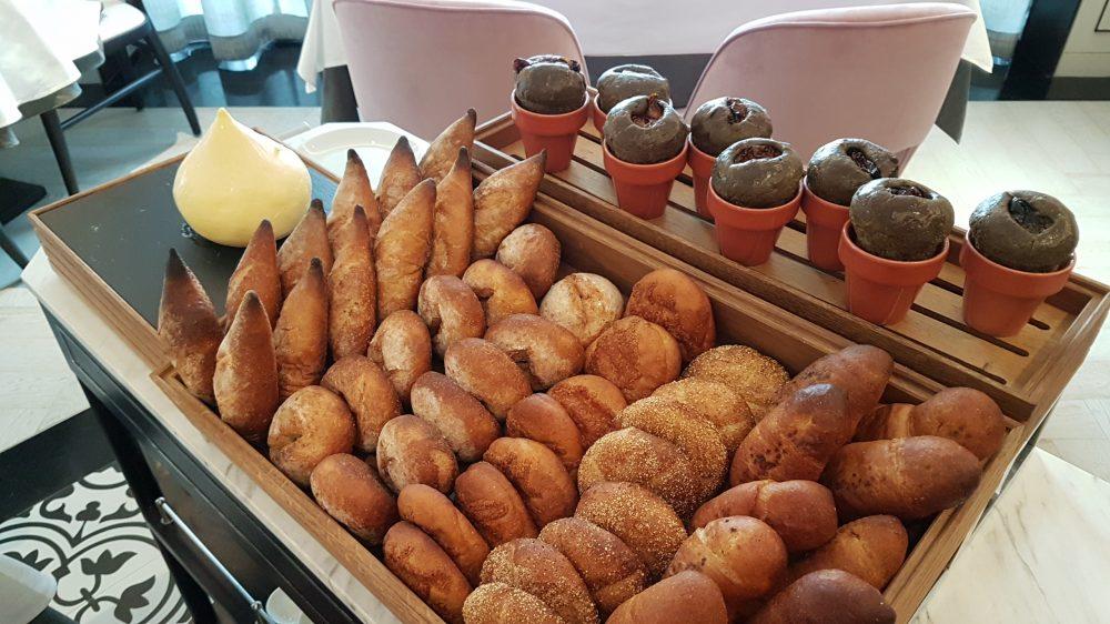 Tablescape Bread 2
