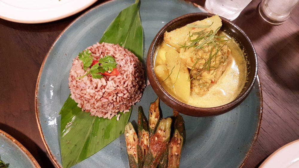 Verde Kitchen Chicken Curry