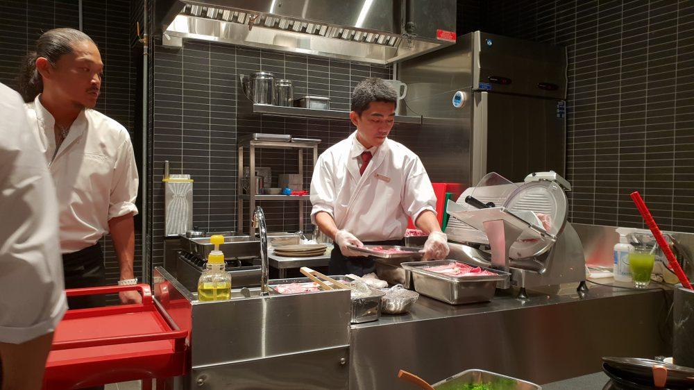 Beef Sukiyaki Don Keisuke in action