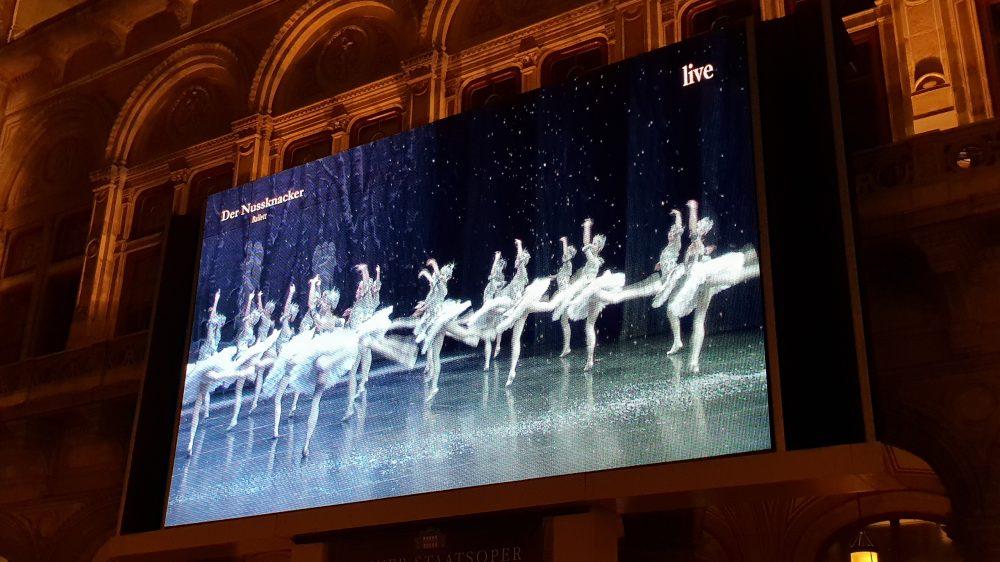 Vienna State Opera free viewing